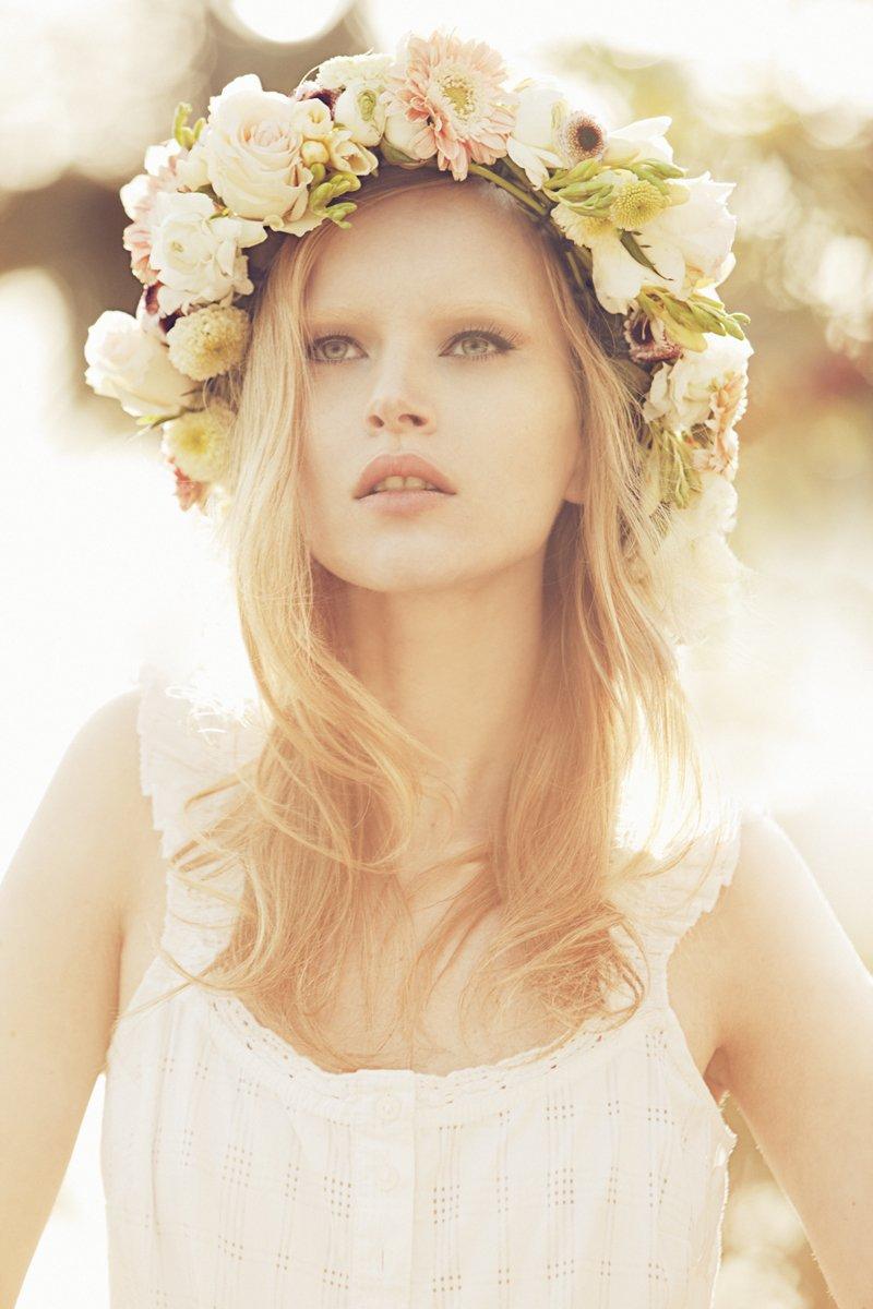 UN PRODUIT, UNE TENDANCE: La couronne de fleur... dans TENDANCE 212v246